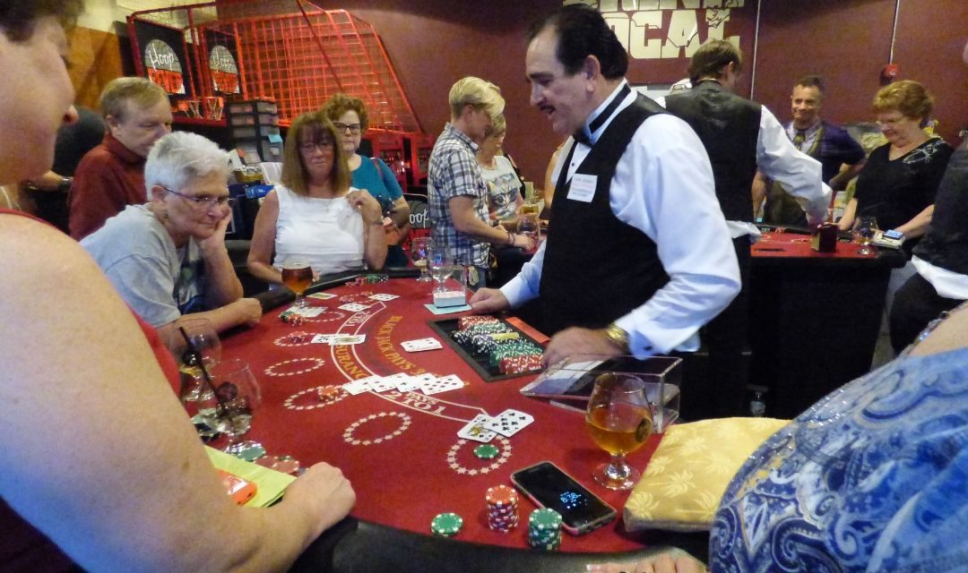 Catsino 2017 Image of BlackJack Table With People Playing